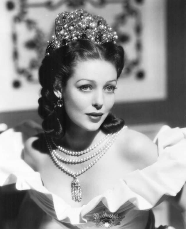 """Лоретта Янг, 1913-2000. Обладательница премии """"Оскар"""" за лучшую женскую роль в 1930-х и 1940-х считалась образцом элегантности и великолепия."""