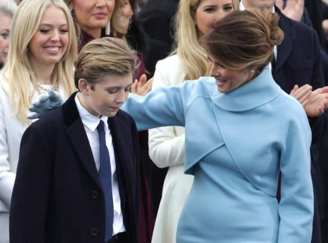 Сейчас Меланья занимается выпуском линейки украшений и воспитывает сына. Ради мальчика она отказалась переезжать в Белый дом, чтобы Бэррону не пришлось менять школу.