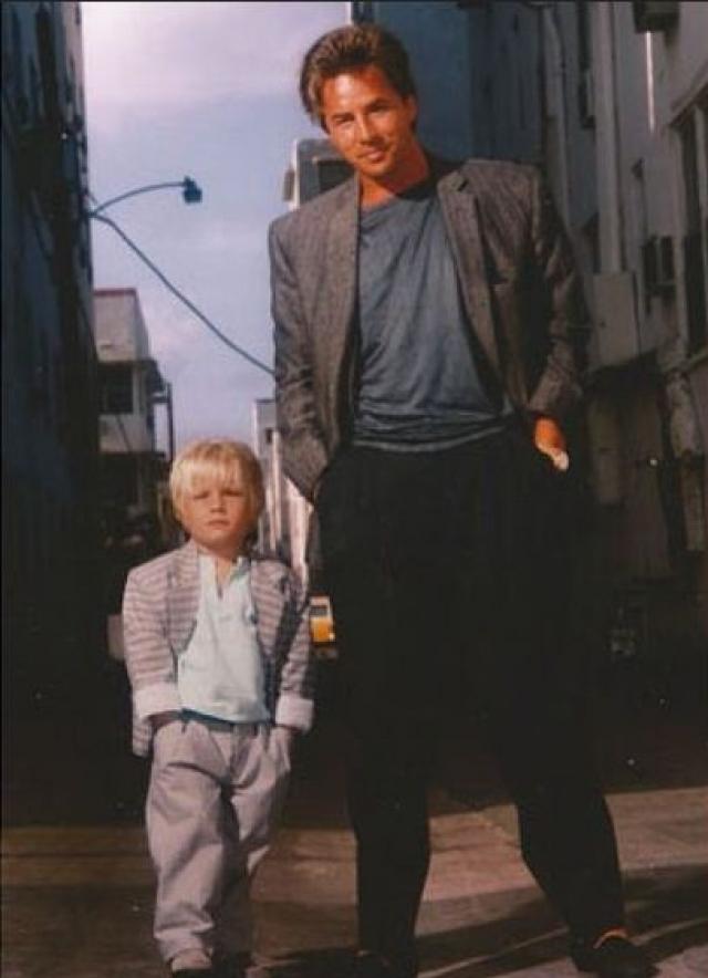 """Дон Джонсон и Джесси Джонсон. Сын легендарного """"Нэша Бриджеса"""" и Мелани Гриффит сейчас, пожалуй, даст фору отцу и матери в частоте появления на телеэкранах."""