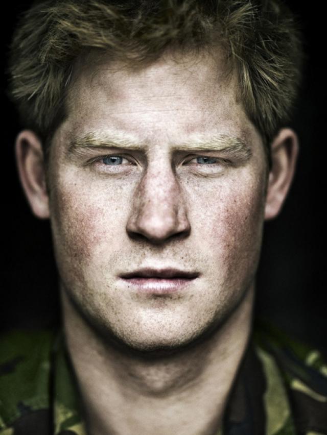В 32 года Генри, больше известный как Гарри, все еще не женат и, безусловно, является самым популярным принцем мира.
