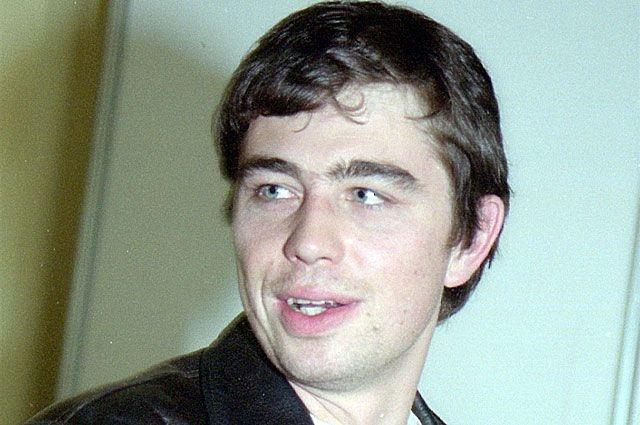 Актер погиб 20 сентября 2002 года в Кармадонском ущелье, где должны были снимать одну из сцен фильма.