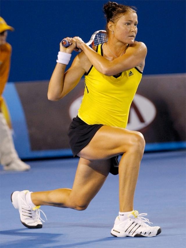 Динара Сафина. Теннисистка во время карьеры поражала не только своей игрой, но и привлекательной внешностью.