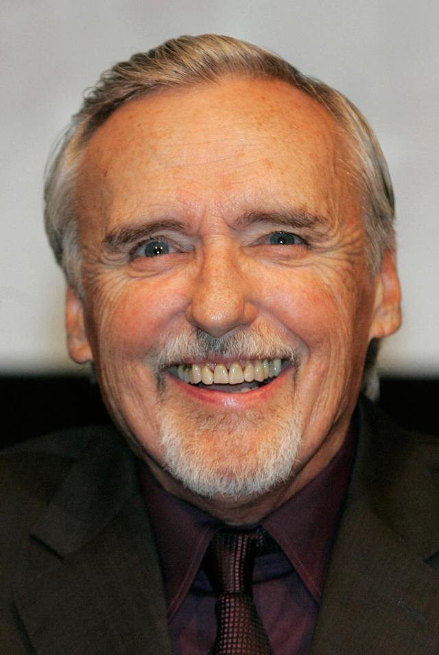 """Деннис Хоппер (74 года). 29 мая 2010 года скончался актер, который известен прежде всего по фильмам """"Бунтарь без причины"""" и """"Гигант""""."""