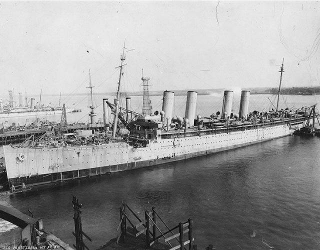 """20 декабря 1938 года корабль был в третий раз переименован и стал называться """"Штойбен""""."""