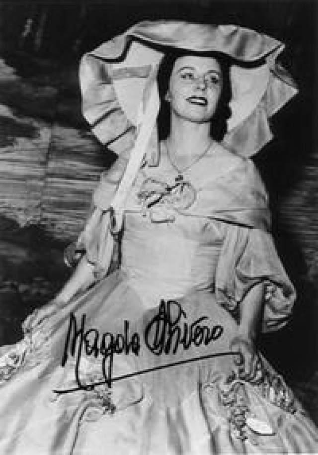 """В марте 1981 года она попрощалась со зрителями в оперном спектакле """"Человеческий голос"""" Ф. Пуленка. Тогда у нее умер муж, и она не смогла выходить на сцену, но давала концерты и записывала фрагменты опер."""