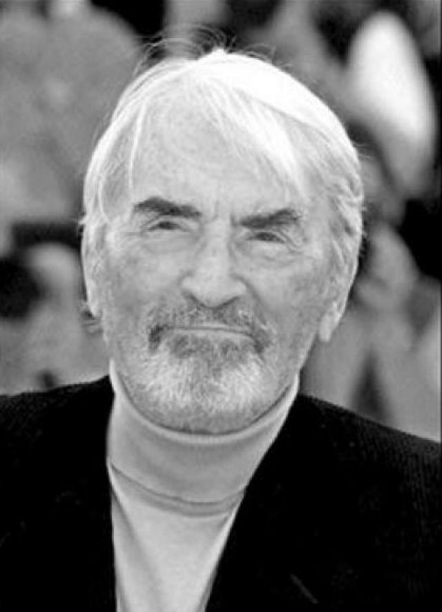 Грегори был женат два раза, у него пятеро детей. Скончался актер у себя дома, в Лос-Анджелесе, 12 июня 2003 года, от кардио-респираторной недостаточности и бронхиальной пневмонии в возрасте 87 лет.