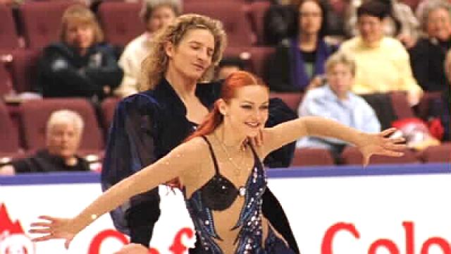 Марина Анисина. Российская и французская спортсменка, завоевавшая в паре с Гвендалем Пейзера титулы чемпионки мира в 2000 году и Олимпийской чемпионки в 2002 году в танцах на льду.