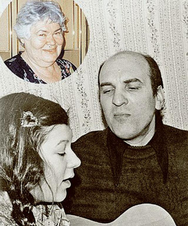 Развод родителей тяжело пережила их дочь Полина, которая всегда была близка с отцом. Именно Полине актер первой решил признаться в измене.