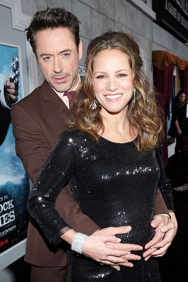 Роберт Дауни-младший женат на домохозяйке Камилле Левин.