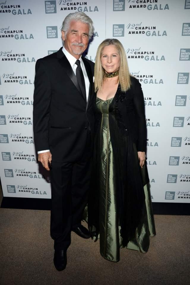 Через 5 лет после расставания с Андре Агасси Барбра Стрейзанд вышла замуж за актера Джеймса Бролина. У нее есть взрослый сын от предыдущих отношений.