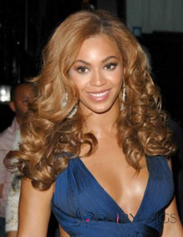 Бейонсе еще одна любительница смены имиджа, плюс ко всему для носительницы афро-генов - это единственная возможность обладать крупными локонами, еще и цветов блонд.