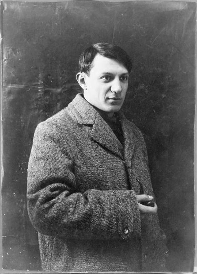 """Пикассо был и гениальным учеником, намного превосходящим своих одноклассников, которые были на пять-шесть лет его старше. При это он очень раздражался, когда преподаватели указывали ему, что делать, и в результате часто находился """"под арестом""""."""
