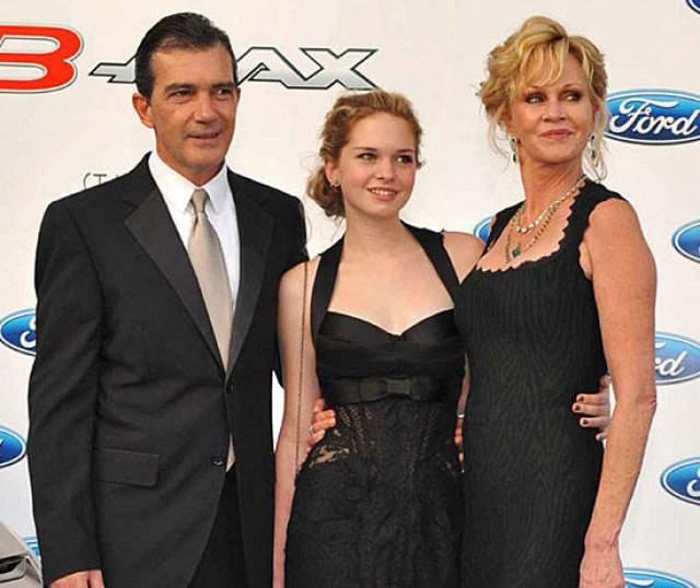 Сейчас они поддерживают дружеские отношения, ведь у них есть общая дочь Стелла и они не хотят враждовать.