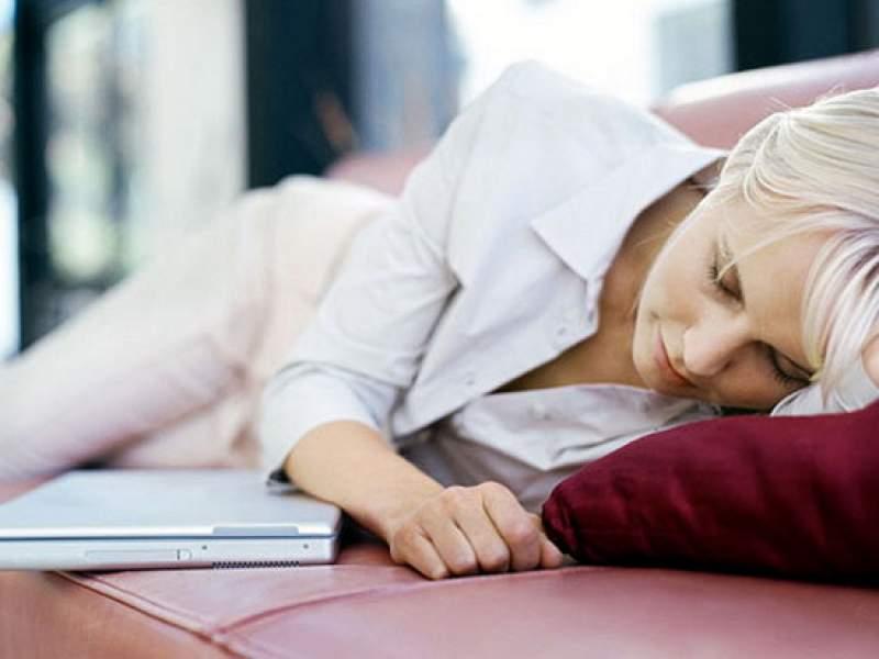 Новости дня: Ученые предупредили о смертельной опасности дневного сна
