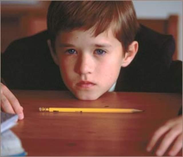 """Хэйли Джоэл Осмент, """"Шестое чувство"""" (1999). Из творческой семьи. Отец актер, как и младшая сестра Эмили Осмент. Также пробовался на роль Энакина Скайуокера."""