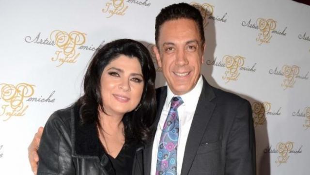 Сейчас Виктория - супруга мексиканского политика Омара Файяда, которому в 2004 году родила близнецов. В Мексике Руффо - суперзвезда и одна из самых высокооплачиваемых актрис.