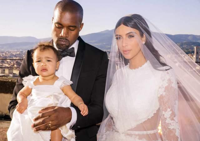 Аренда замка обошлась паре в $410 000, платье невесты - в $2,1 миллиона, также заметная часть бюджета ушла на предсвадебную подготовку с репетициями ужина, танца и выступлением музыкантов.