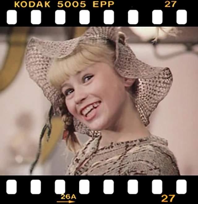 """Светлана Полякова (Ступак), """"Пеппи Длинный Чулок"""" (1982). Работа с известными актерами ей казалась игрой: ее и на роль-то из-за такого же хулиганистого темперамента, как у Пеппи. Ей предлагали неинтересные роли, поэтому в кино Ступак не вернулась."""