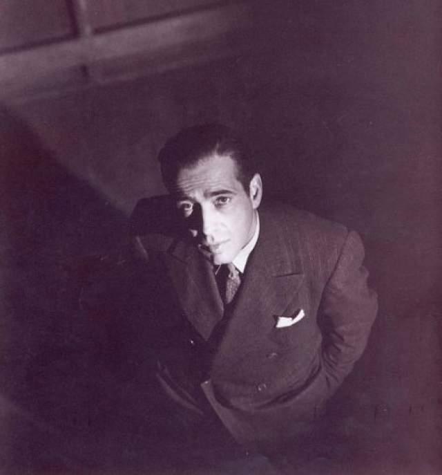 """Хамфри Богарт. 1899-1957.Американский институт киноискусства признал его лучшим актером в истории американского кино. Трижды обладатель """"Оскара""""."""