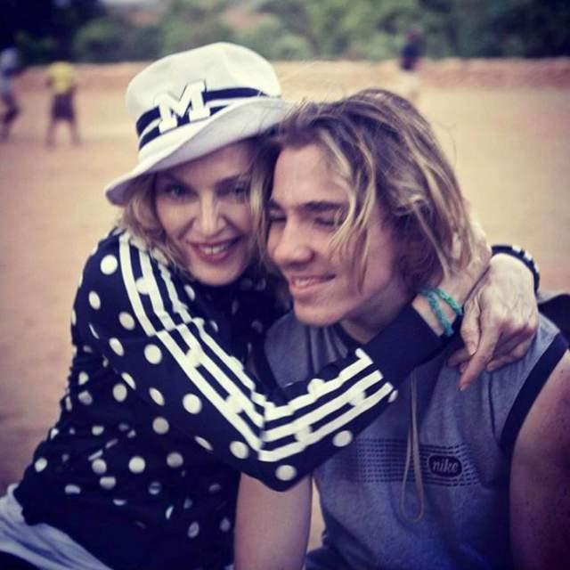 Со временем отношения Мадонны и Рокко нормализовались, но опеку над ним она вернуть не успела, поскольку за прошедшее время сын вырос.