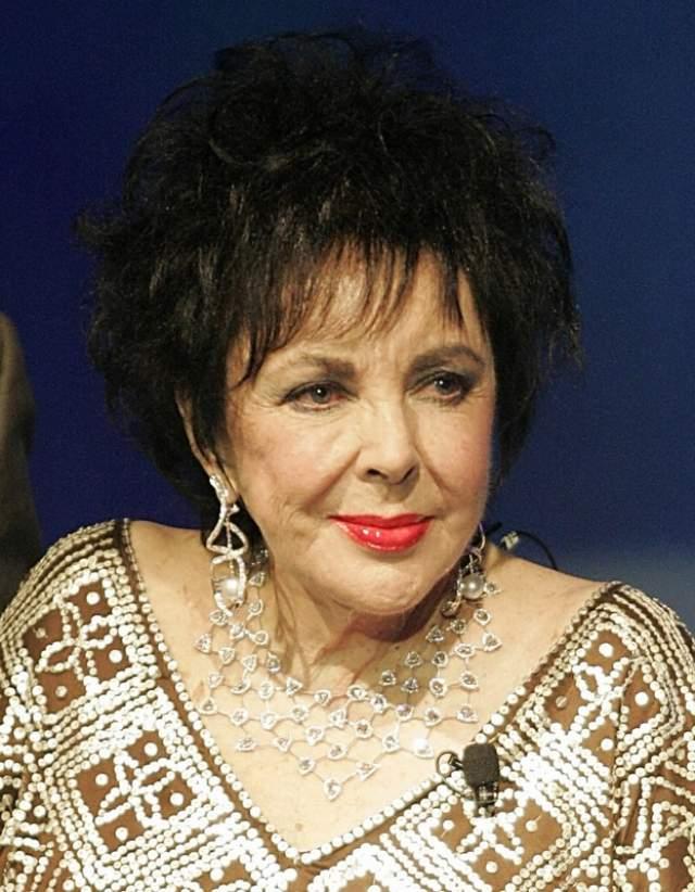 Выйдя из нее, актриса получила долгожданное предложение руки и сердца и вскоре стала законной женой Бертона в 1964 году. Умерла звезда кино в 2011 году из-за сердечной недостаточности в возрасте 79 лет.