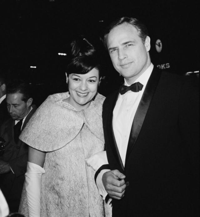 Второй женой Марлона стала актриса Мовита Кастенада, родившая ему сына, но также не задержавшаяся на долго в миссис Брандо.