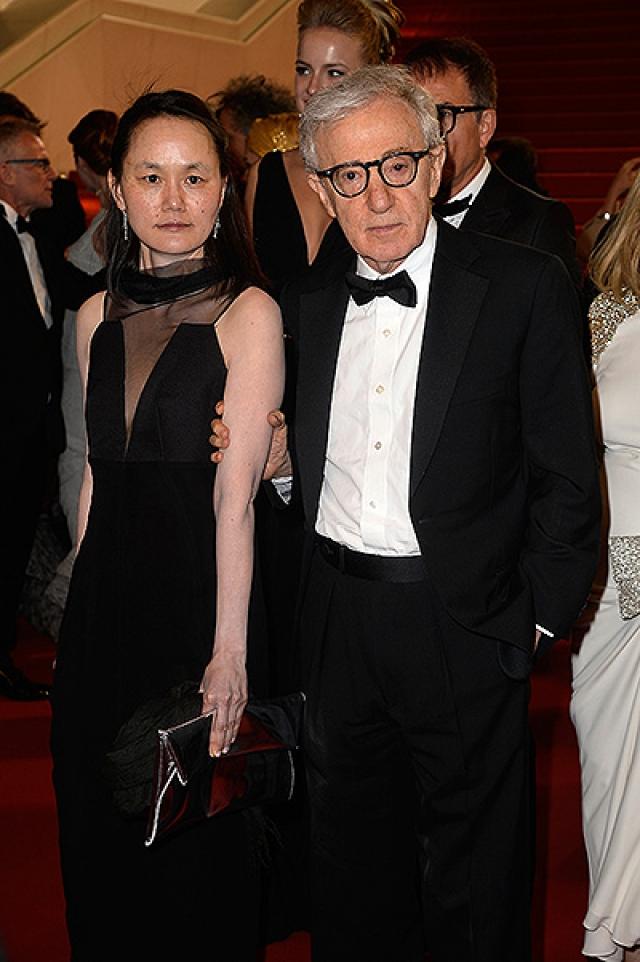 Вуди Аллен. За свою богатую карьеру Аллен успел поработать с огромным количеством актеров, он получил четыре Оскара и премию Сесиля Б. Де Милля за выдающиеся заслуги в кинематографе.