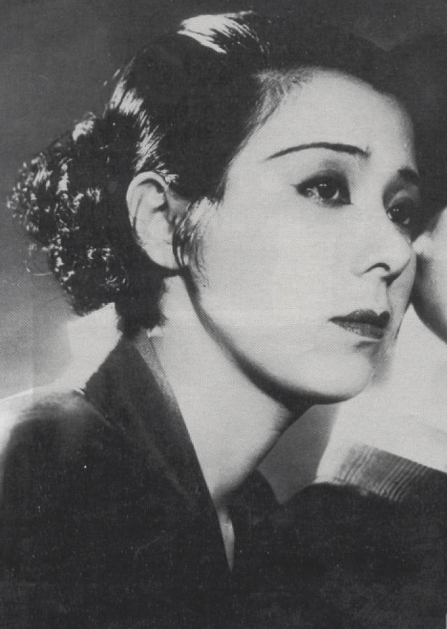 Мейерхольда подозревали в том, что он был шпионом японского империализма, поэтому со всеми, кто был с ним связан, разобралась советская власть. Сугимото расстреляли, а Ёсико дали 10 лет тюрьмы.