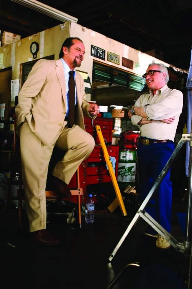 """Режиссер Мартин Скорсезе не возражал, тем более что эти фрагменты выгодно уводили """"Отступников"""" дальше от гонконгского фильма """"Двойная рокировка"""", на котором лента Скорсезе была основана."""