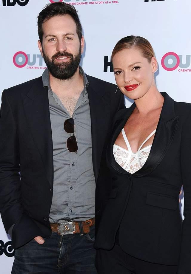 Кэтрин Хейгл. Блондинка-актриса и певец и музыкант Джош Келли состоят в браке с 2007 года, при этом ни разу не став героями скандальных хроник или сплетен.