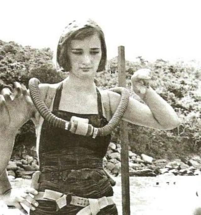 А на этом фото актриса Зинаида Кириенко в Акапулько.