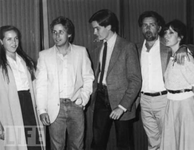 Семья Чалм Шина в 1982 году