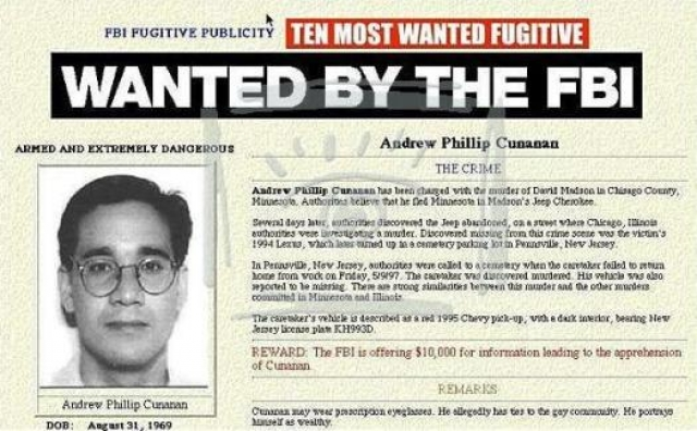 Вскоре выяснилось, что убийство совершил 27-летний серийный убийца Эндрю Кьюнаненом, зарабатывавший на жизнь проституцией. Он уже подозревался в совершении четырех убийств и был включен в составленный ФБР список 10 самых опасных преступников.