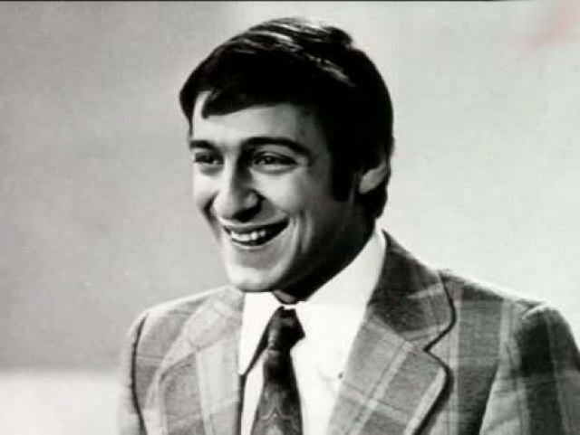 Чуть позже со второй попытки Хазанов поступил в Государственное училище циркового и эстрадного искусства. Через несколько лет он уже стал одним из самых популярных отечественных юмористов и главным режиссером Театра эстрады.
