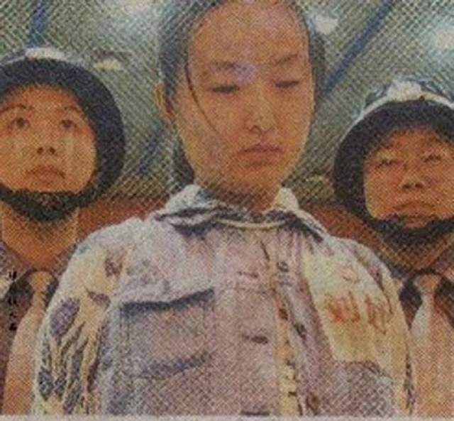 19-летняя Тао Джинг в 1991 году стала самым молодым человеком, которого казнили в Китае с 1950 года. Девушка перевозила наркотики для приятеля, когда ее поймали.