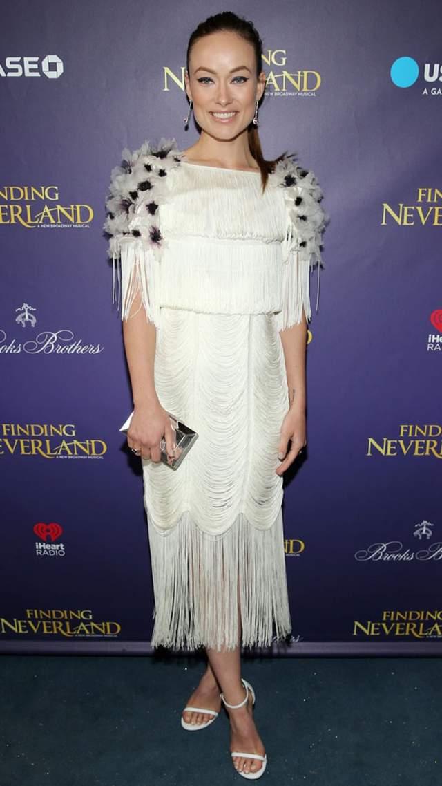 Оливия Уайлд на премьеру в Нью-Йорке пришла в платье с очень странными деталями.
