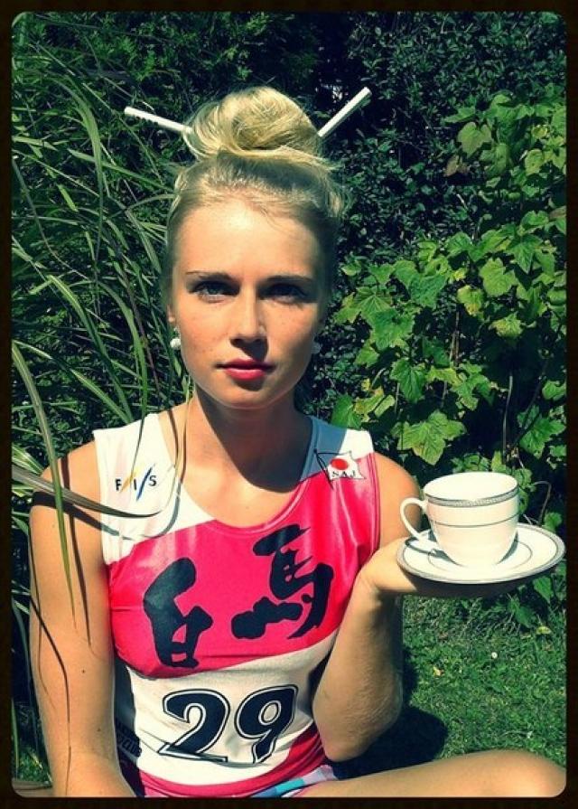 Ева Пускарчикова. Чешская спортсменка надежно выступает за команду в эстафетных гонках, но в личном первенстве звезд с небес не хватает.