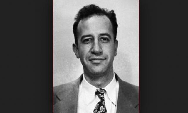 Джоэл Барр. Радиотехник вместе со своим другом работал в компании Western Electric, выполнявшей военные заказы. Находясь в контакте с советским разведчиком Феклисовым, они передавали советской разведке техническую информацию о военных системах армии США.