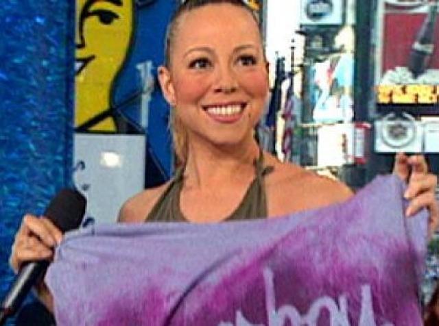 Мэрайя Кери. В 2001 году певица появилась на канале MTV, сняла в эфире футболку и попросила передать ее аудитории.
