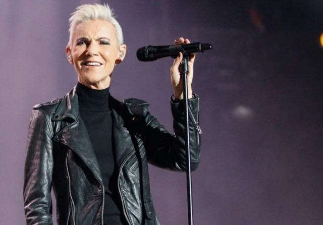В 2000 году у вокалистки был диагностирован и прооперирован рак мозга. Сейчас Мари даже выступает, но время и страшное заболевание ее явно не пощадили.