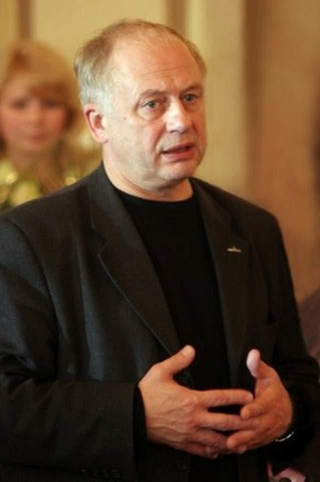 7 апреля 2008 года умер Андрей Толубеев, который озвучивал Алоизия Могарыча. У Толубеева был рак поджелудочной железы.