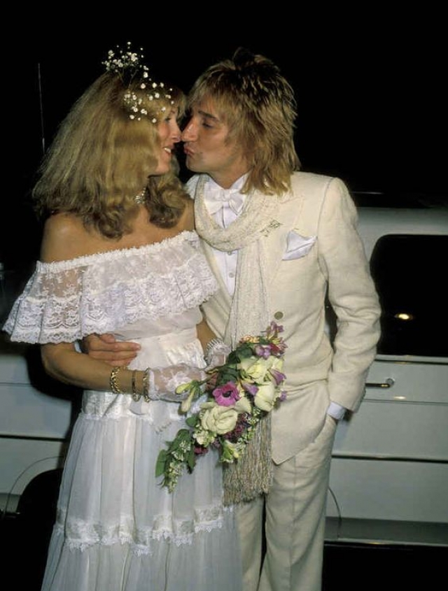 """Алана Стюарт. """"Тюль, да и только!"""" - хочется воскликнуть, созерцая наряд невесты Рода Стюарта."""
