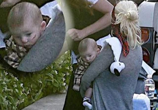 Кстати за несколько лет до этого подобные обвинения посыпались на актрису, когда маленького Макса сфотографировали с большой ссадиной на лице.