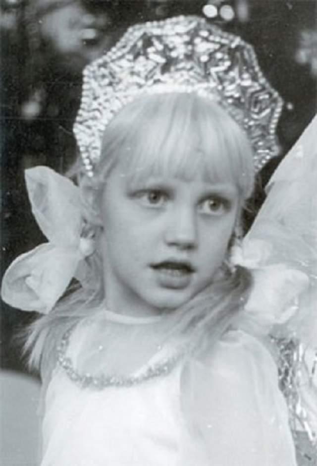 Маша Малиновская эпатировала даже в детстве.
