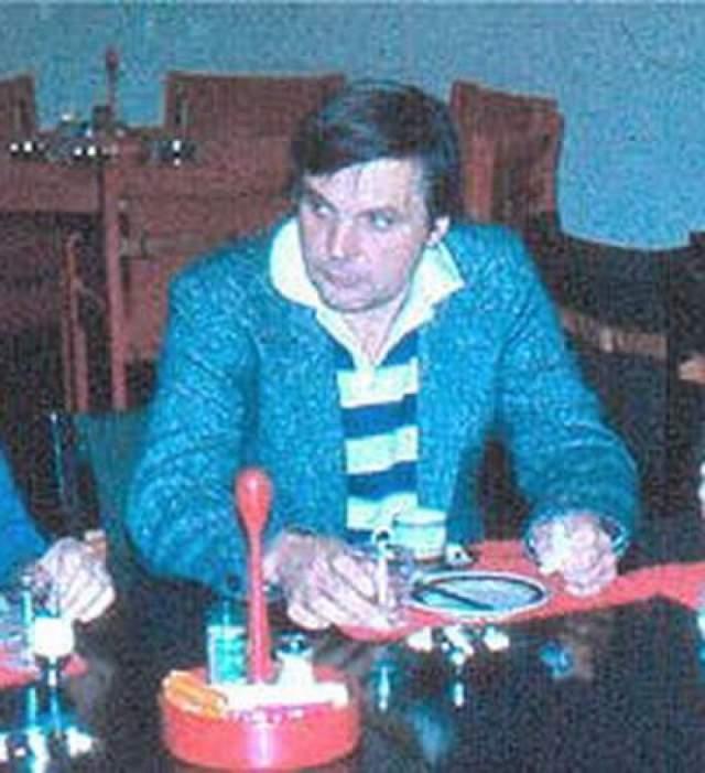 """Александров был теоретиком """"ядерной зимы"""", с группой ученых он представил доклад, на котором убедительно доказал, что даже применение 30% существующих на тот момент ядерных вооружений поставит жизнь на Земле под угрозу, а планета не сможет вернуться к своему прежнему состоянию."""