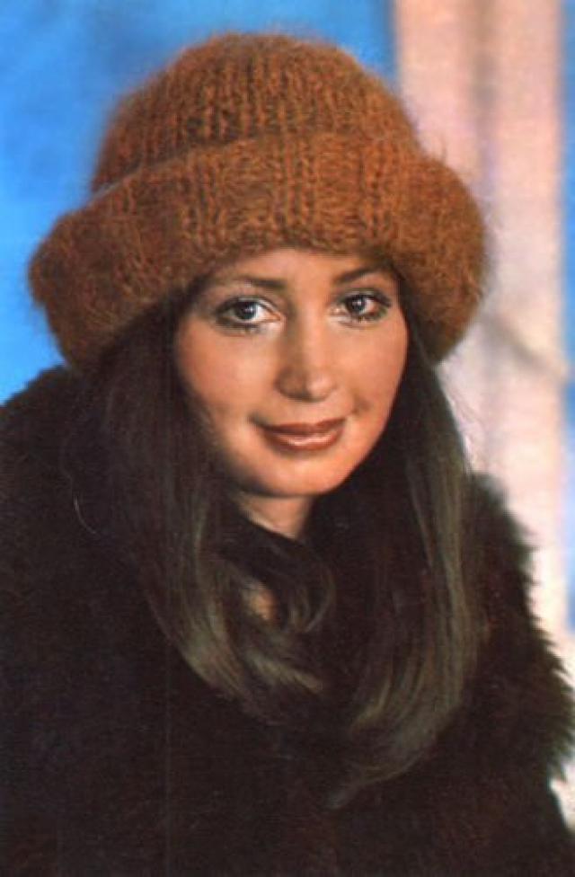 Татьяна Васильева. В 1969 году актриса окончила Школу-студию МХАТ и последующие 15 лет играла на сцене Московского театра Сатиры.