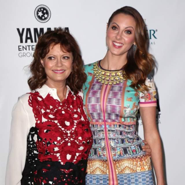 Сьюзан Сарандон. Хоть 71-летняя актриса и не выглядит юной на фоне своей дочери Евы Амурри, некоторые ее кавалеры были моложе девушки.