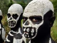 Ученые выяснили, когда вымрет человечество, если все станут каннибалами