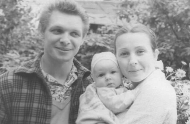 Эдуард Хиль с сыном Димой и женой Зоей, с которой прожил всю жизнь.