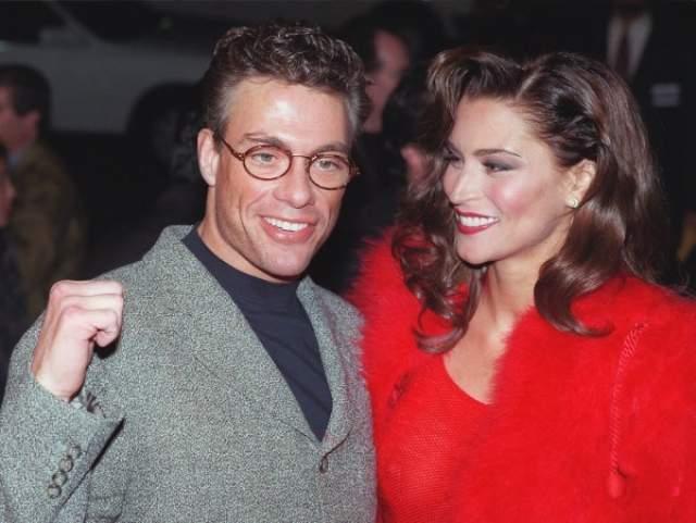Но тогда Ван Дамм был женат на актрисе Дарси Ла Пьер, поэтому продолжения отношения с певицей не получили.